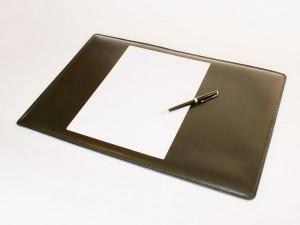 Tendance 3 accessoires en cuir acqu rir pour votre bureau - Sous main bureau ikea ...