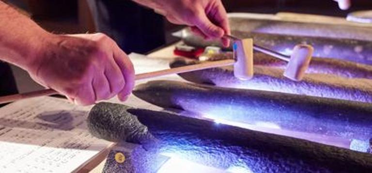 Quand les pierres préhistoriques se transforment en instrument de musique !