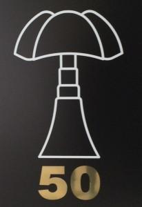 La lampe Pipistrello se couvre d'or pour ses cinquante ans