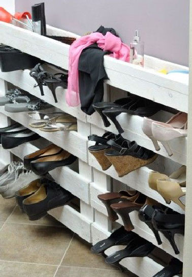 diy 4 astuces sympa pour ranger ses chaussures. Black Bedroom Furniture Sets. Home Design Ideas