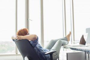 Travailler plus confortablement avec un fauteuil de bureau