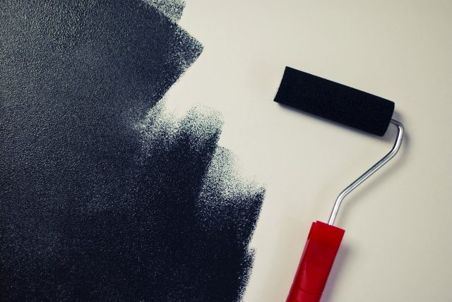 Peinture d'intérieur : réussir à rénover soi-même ses murs